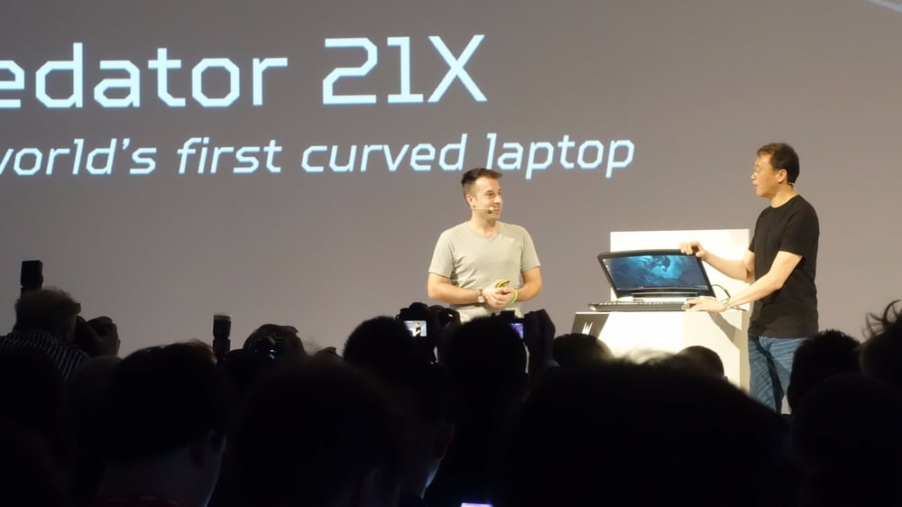 Acer-Unveils-The-Worlds-First-Curved-Laptop-With-Eye-Tracking-Tech_Image-1.jpg