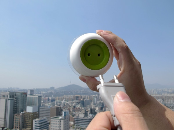 solar-window-socket.jpg