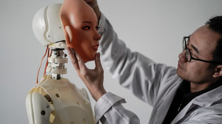 sexbot.jpg