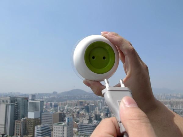 solar-window-socket.jpg